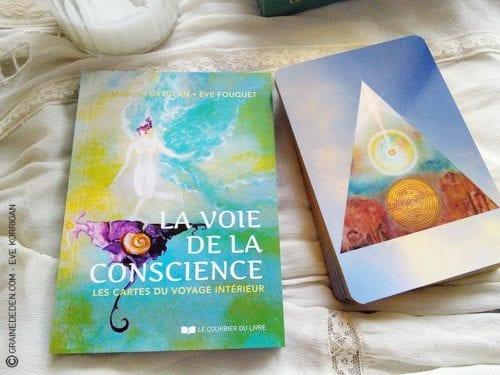 La voie de la conscience, les cartes du Voyage intérieur de Marisa Ortolan et Eve Fouquet. Graine d'Eden, cartes, oracles et tarot, développement personnel