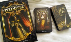 Review du Tarot Steampunk de Barbara Moore