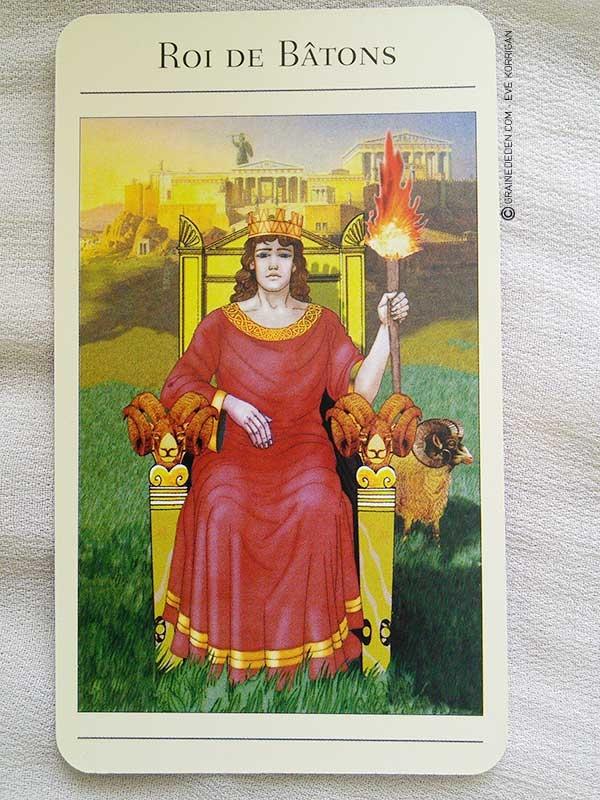 Tarot Mythique de Juliet Sharman-Burke et Liz Greene - Graine d'Eden la bibliothèque des Tarots, revue, review, présentation de Tarot et Oracle Divinatoires