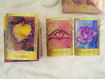 Cartes Les Portes de l'Intuition de Mielczareck et Brigitte Barberane - Review et présentation de cartes oracle - Graine d'Eden - Développement personnel, spiritualité, guidance, oracles et tarots divinatoires