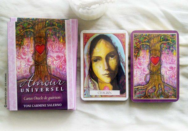 Review des cartes Oracle Amour Universel de Toni Carmine Salerno