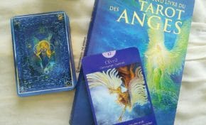 Review Le Grand Livre du Tarot des Anges de Doreen Virtue