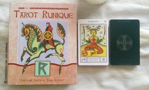 Le Tarot Runique de Caroline Smith et John Astrop