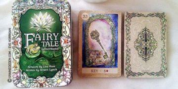 Fairy Tale Lenormand de Lisa Hunt et Arwen Lynch - Graine d'Eden Développement personnel, spiritualité, tarots et oracles divinatoires, Bibliothèques des Oracles, avis, présentation, review
