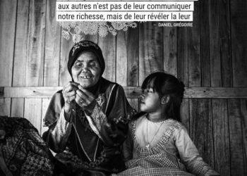 Le plus grand bien que nous puissions faire aux autres n'est pas de leur communiquer notre richesse, mais de leur révéler la leur. - DANIEL GREGOIRE - Graine d'Eden Citation