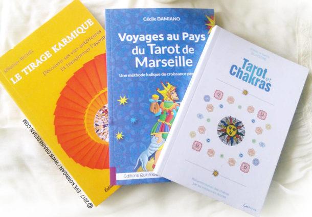 3 Livres de développement personnel avec le Tarot de Marseille
