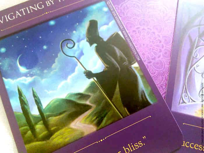 Sacred Traveler Oracle Cards Deck de Denise Linn - Graine d'Eden Développement personnel, spiritualité, tarots et oracles divinatoires, Bibliothèques des Oracles, avis, présentation, review , revue