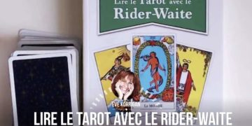 Review du livre Lire le Tarot avec le Rider-Waite (Présentation Video) Review Video - Graine d'Eden Développement personnel, spiritualité, tarots et oracles divinatoires, Bibliothèques des Oracles, avis, présentation, review tarot oracle , revue tarot oracle