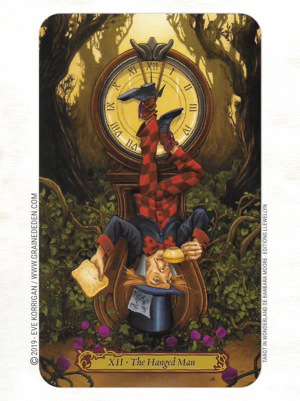 Tarot in Wonderland de Barbara Moore et Eugene Smith review - Graine d'Eden Développement personnel, spiritualité, tarots et oracles divinatoires, Bibliothèques des Oracles, avis, présentation, review tarot oracle , revue tarot oracle